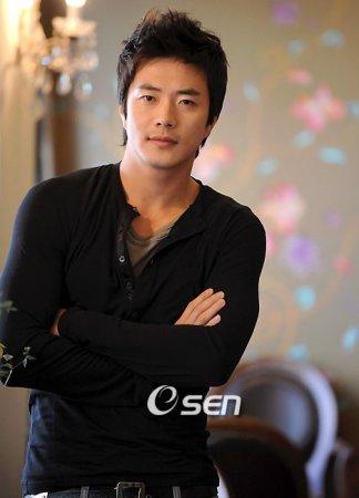 Квон Сан У / Kwon Sang Woo