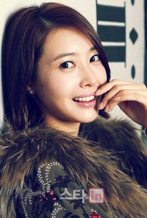 Ван Джи Хе / Wang Ji Hye