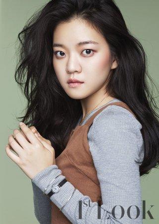 Го А Сон / Go Ah Sung
