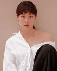 Ли На Ён - образец лёгкой элегантности на страницах Marie Claire