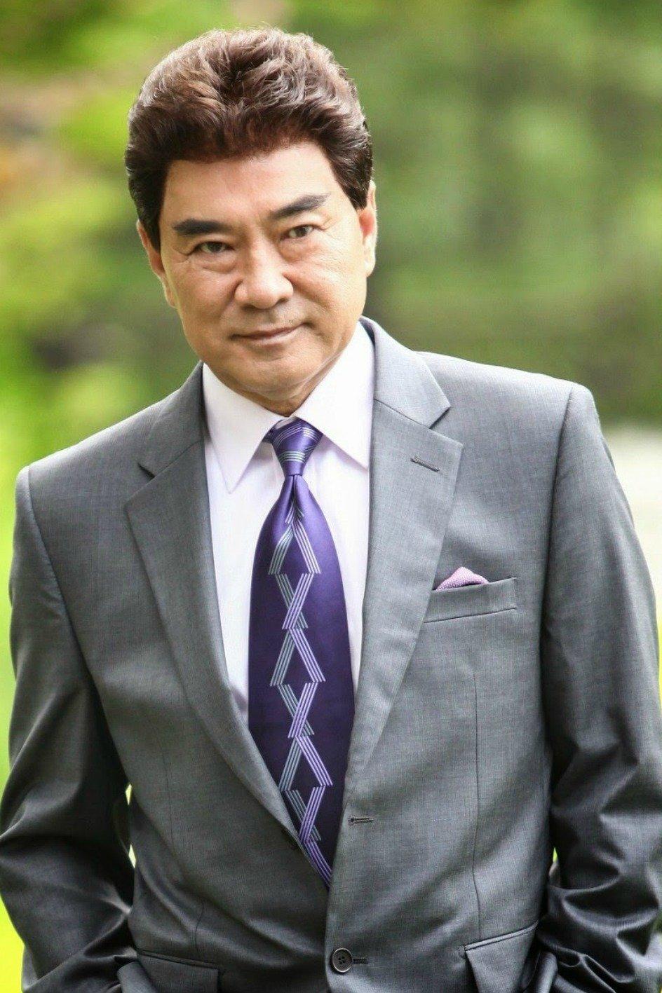Ли Док Хва /  Lee Deok Hwa